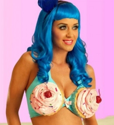 katy-perry-cupcake-bra